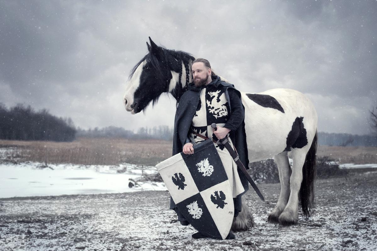 Mężczyźni i konie - stylizowane sesje fotograficzne