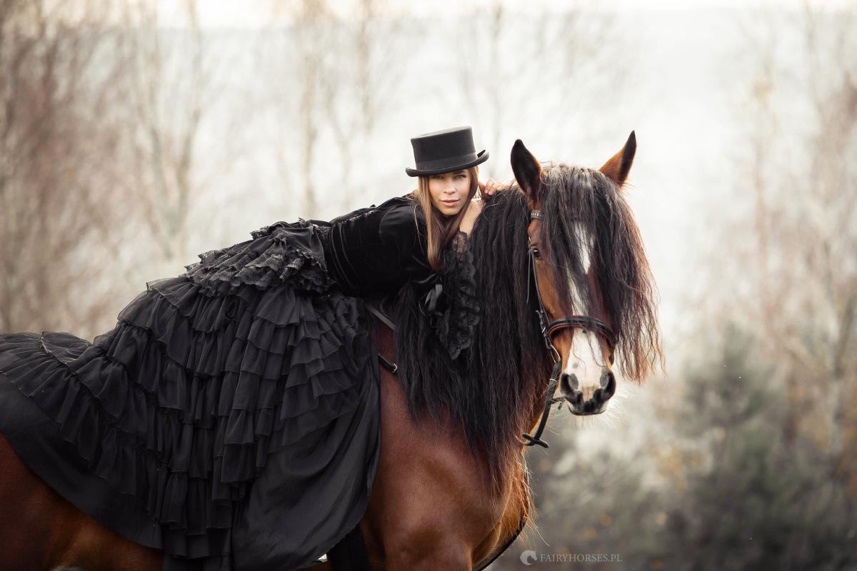 Stylizowana sesja z koniem