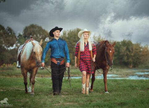 Ola i Patryk – ciążowa sesja w stylu western